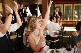 Танец на стульях